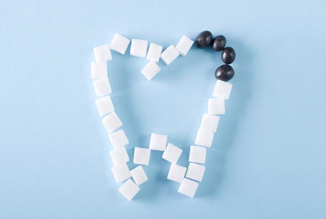 مواد قندی عامل ایجاد پوسیدگی دندان