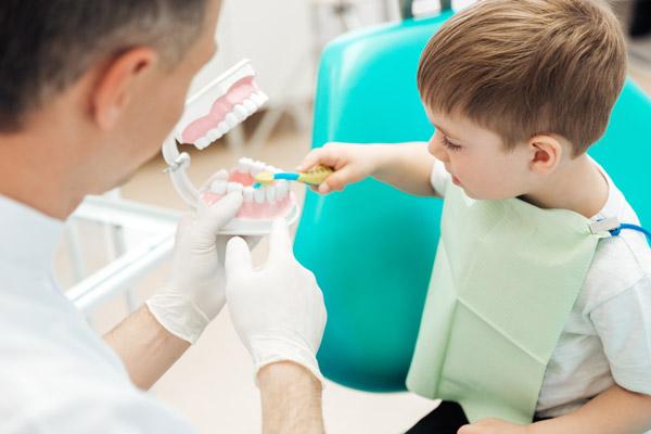 آموزش های مرتبط با سلامت دهان و دندان
