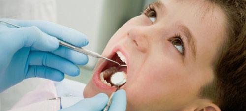پر کردن دندان و ترمیم پوسیدگی