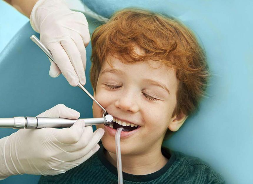 آرامبخشی کودک و دندانپزشکی اطفال